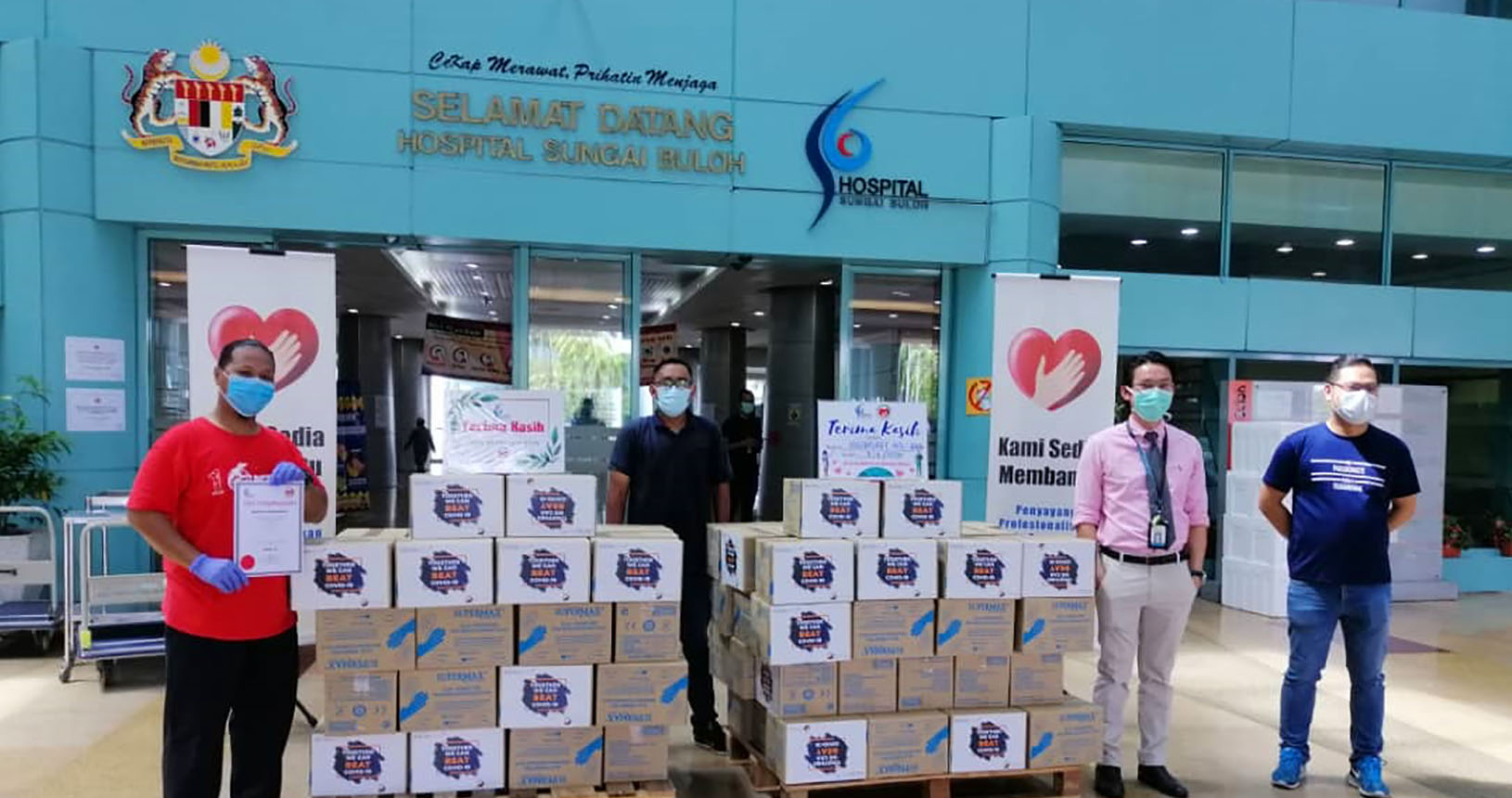 Solarvest gloves donation to Sungai Buloh Hospital