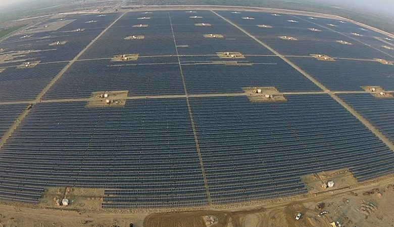 largest solar plants in the world